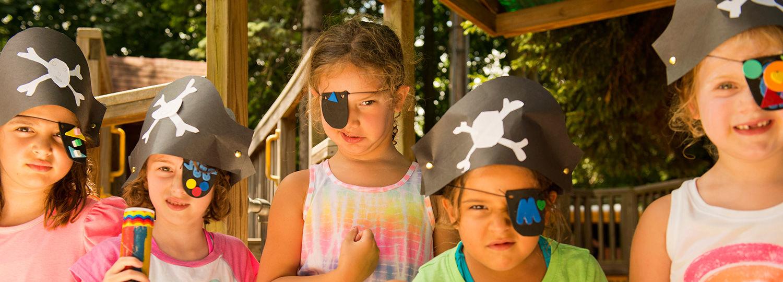Pirate girls